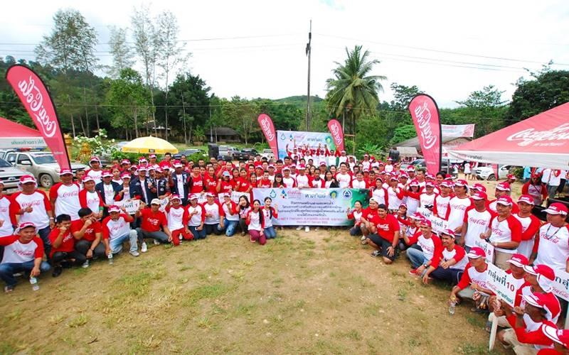 มูลนิธิโคคา-โคลา ประเทศไทย ร่วมกันทำฝายชะลอน้ำลุ่มน้ำคลองยัน ครั้งที่ 5 ปีที่ 9